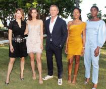 B25_Jamaica_Bond_Girls_CraigDave-Allocca_1