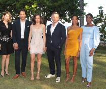 B25_Jamaica_Bond_Girls_CraigDave-Allocca_2