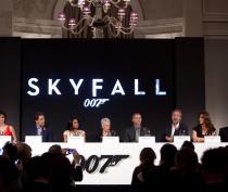 """Coletiva De Imprensa de """"007 - SkyFall"""""""