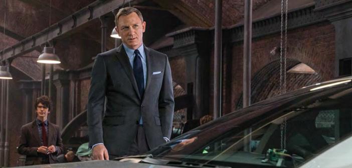 """""""007 Contra SPECTRE"""" é capa da nova edição da revista Total Film"""