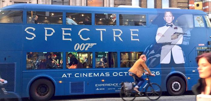 """Marketing de """"007 Contra SPECTRE"""" já toma conta das ruas de Londres"""