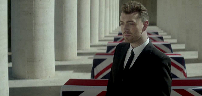 "Sam Smith divulga prévia do clipe de ""Writing's On The Wall"""
