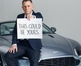 Saiba o que Daniel Craig, cachorrinhos e um Aston Martin têm em comum